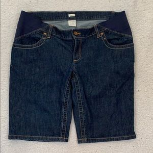 Old Navy Maternity Stretch Real Waist Jean Shorts